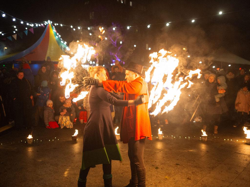 feuershow-wintermarkt